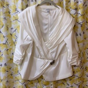 Blouse white dressy with Broach detail